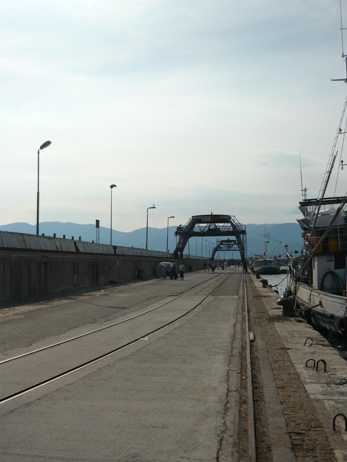 10. Fiumei kikötő