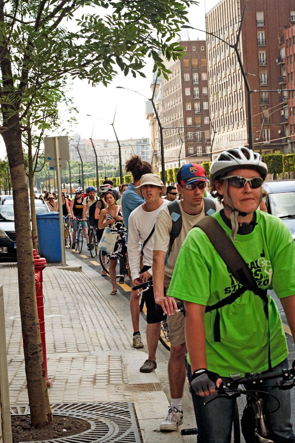 Biciklis örömünnep a Kiskörúton