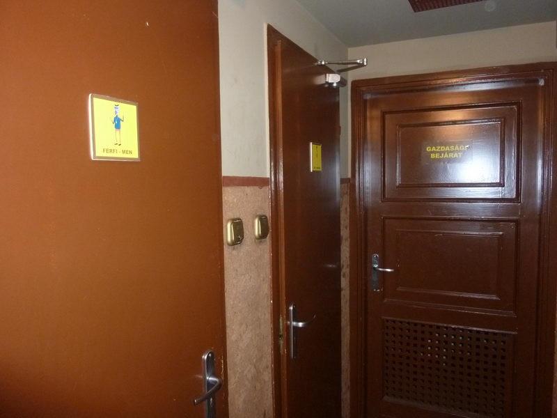 Súlyos ajtók