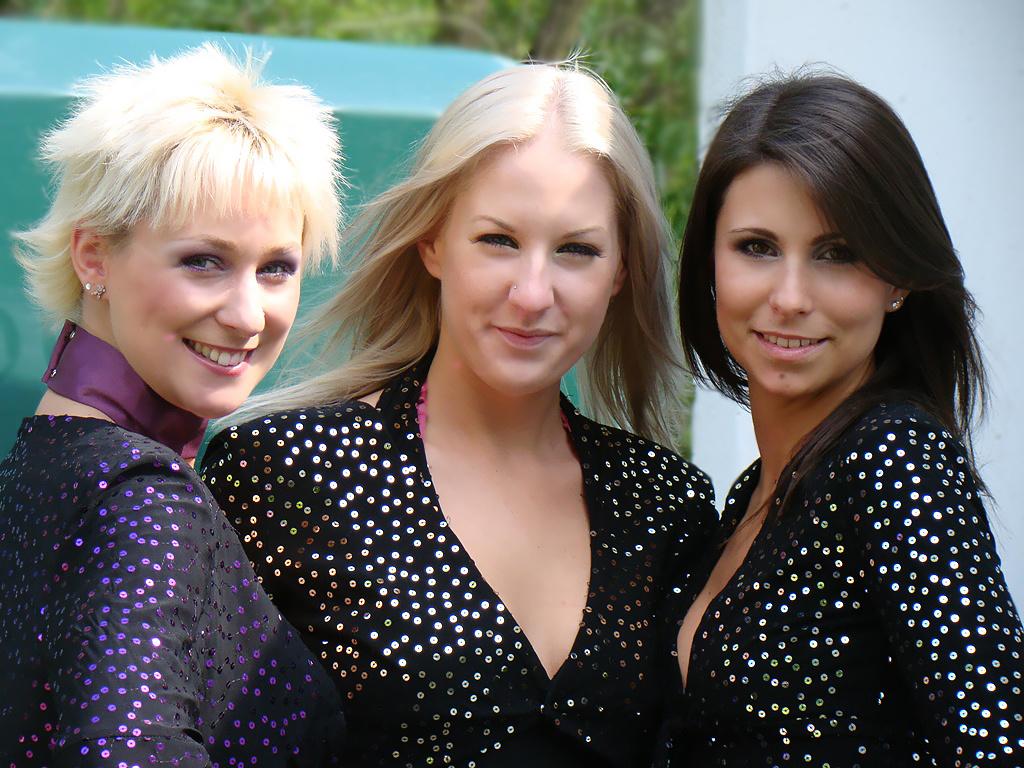 Az Abba Sisters