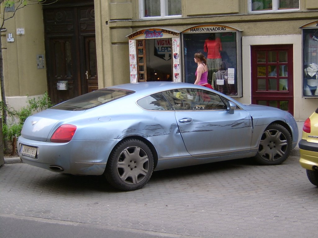 Bentley Continental GT 012 törött